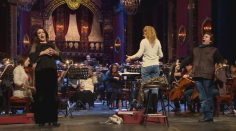Тази вечер Софийската опера поставя в светлините на прожекторите жените