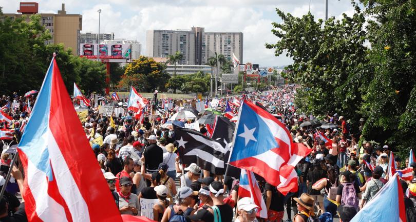 Десетки хиляди излязоха на улиците в Пуерто Рико, за да