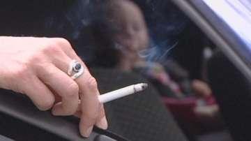 Забраняват пушенето в автомобили и на стадиони в Каталуния