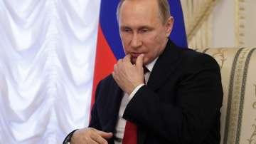 Путин разговаря за първи път по телефона с новия френски президент
