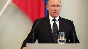Путин помилва две жени, в затвора заради държавна измяна
