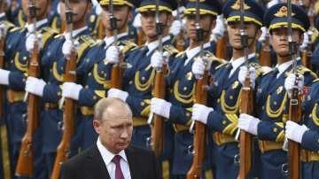 Приеха Путин с военни почести в Пекин
