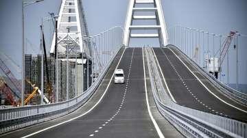 ЕС санкционира 6 руски компании заради моста до Крим