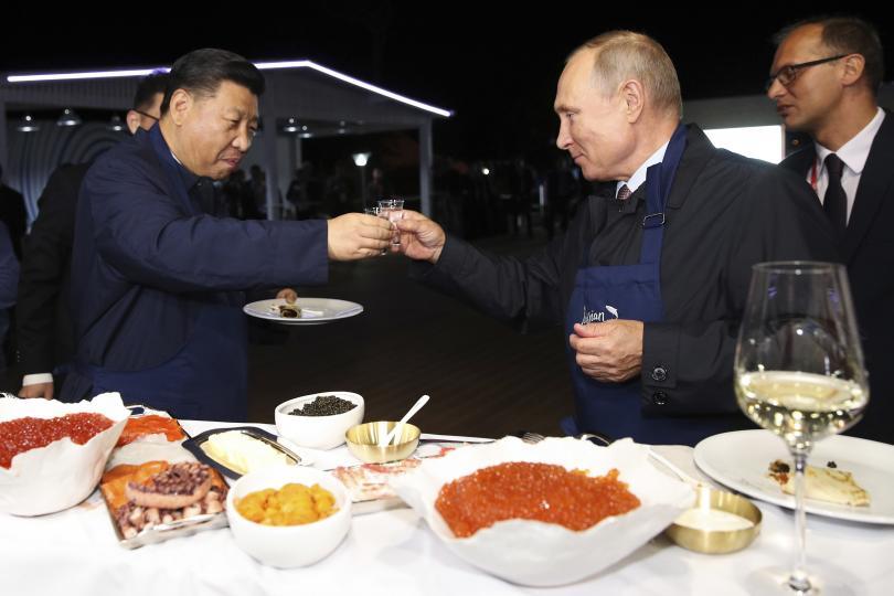 снимка 2 Путин и Си Дзинпин се срещнаха в Русия (СНИМКИ)