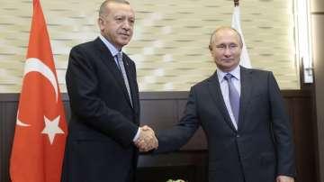 Започна срещата между Ердоган и Путин в Сочи