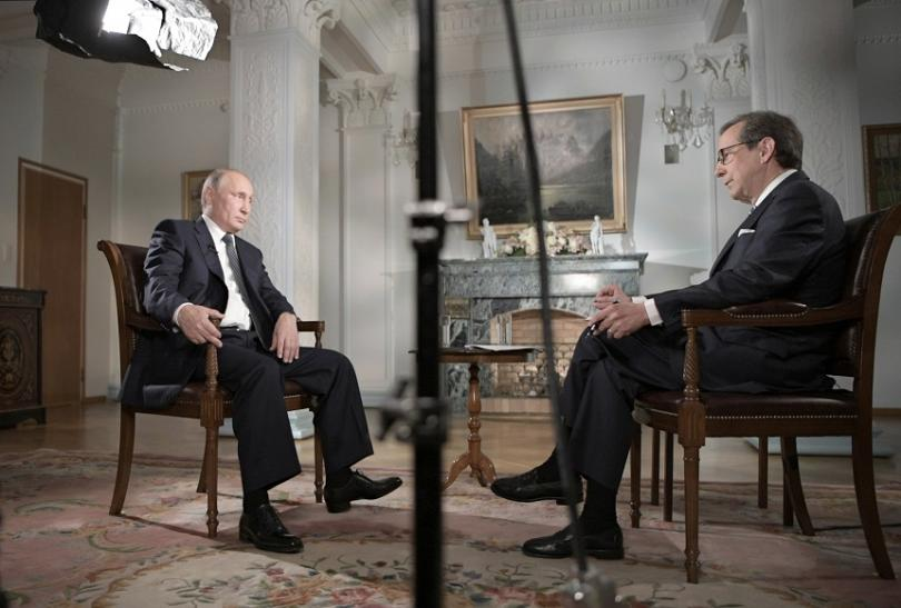 """Владимир Путин беше интервюиран от журналиста от """"Фокс нюс"""" Крис Уолъс"""