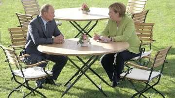 Путин и Меркел обсъдиха напрежението между Русия и Европа