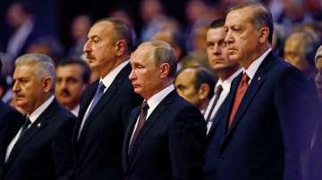Путин пристигна в Истанбул на световния енергиен форум