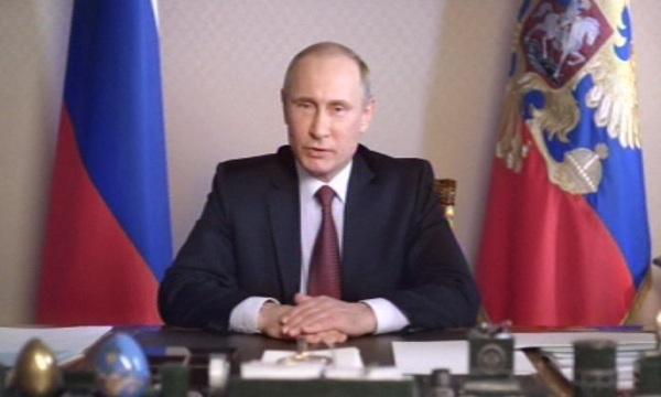 Владимир Путин описа санкциите на ЕС заради Крим като театър на абсурда