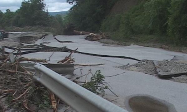 десетки милиони струват щетите пътищата дъждовете свлачищата