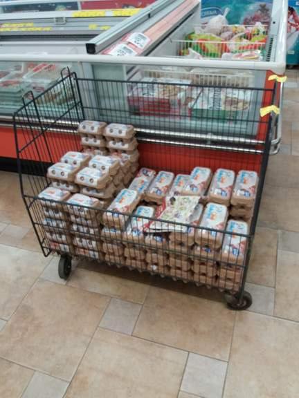 Неправилно съхранение на яйца в хранителен магазин в Царево