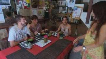 Как една японка развива успешен бизнес в Хавана