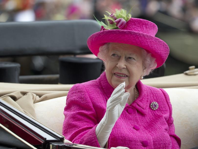 кралица елизабет евакуирана случай бунт заради брекзит