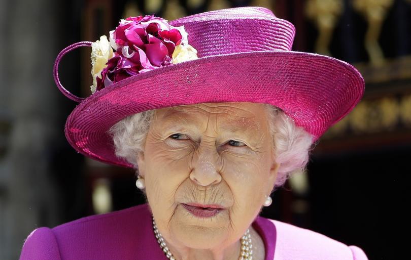 Кралицата призова Великобритания да се стреми към съгласие