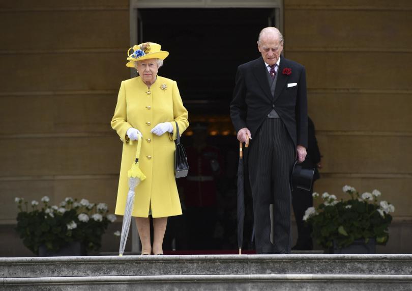 кралица елизабет принц филип празнуват брак
