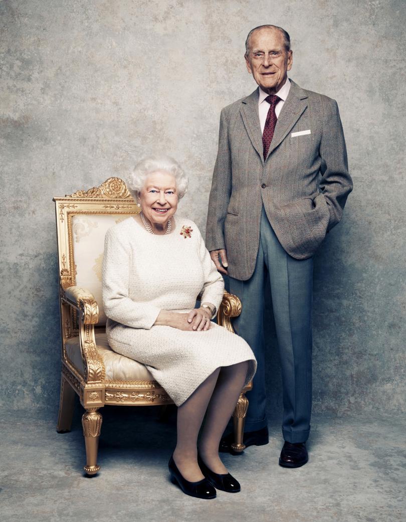 снимка 2 Кралица Елизабет и принц Филип празнуват 70 г. брак