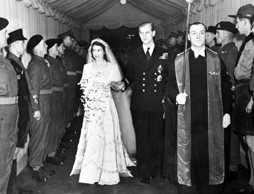 снимка 5 Кралица Елизабет и принц Филип празнуват 70 г. брак