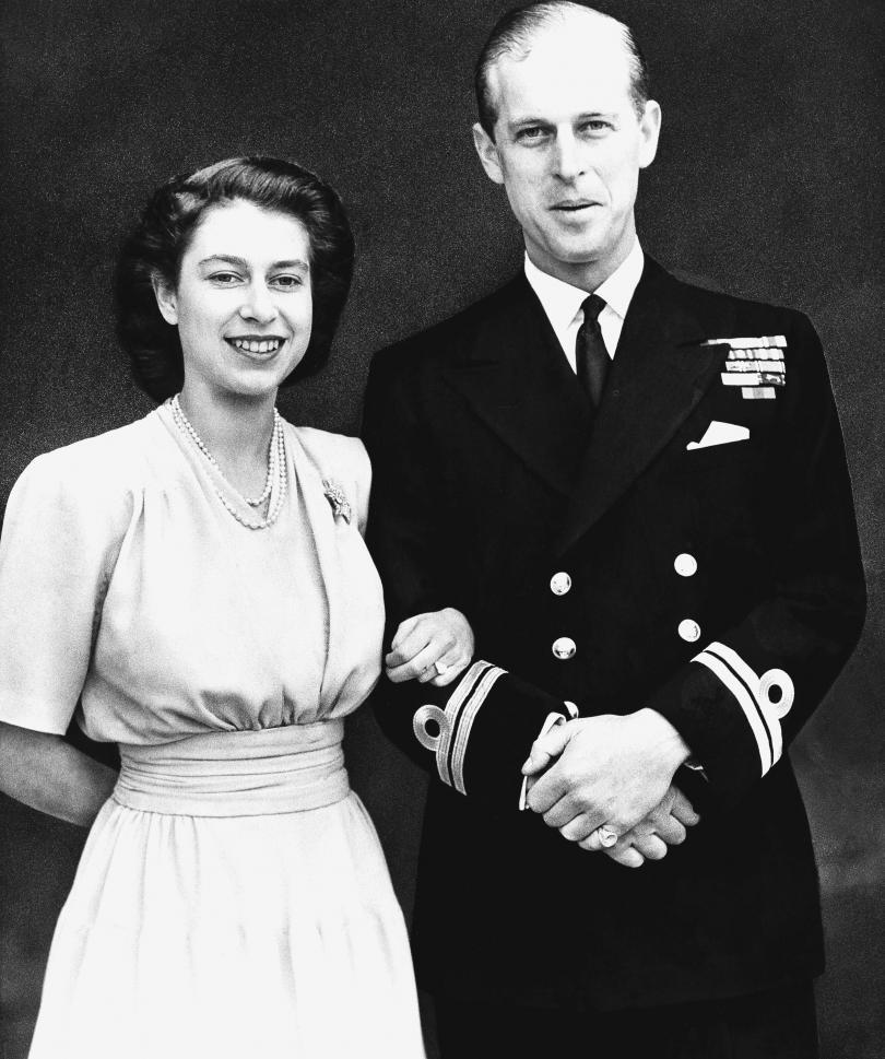 снимка 7 Кралица Елизабет и принц Филип празнуват 70 г. брак