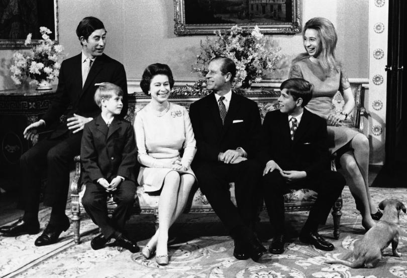 снимка 8 Кралица Елизабет и принц Филип празнуват 70 г. брак