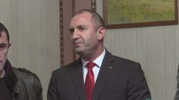 Президентът Радев се срещна с представители на българската общност в Португалия