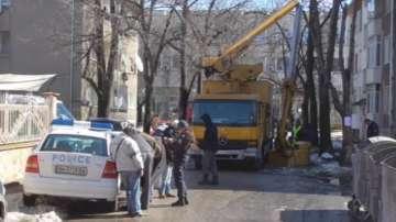 Работник почина, след като автовишка се счупи във Видин