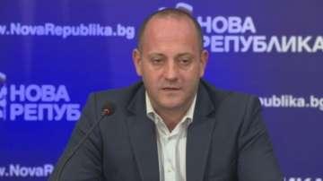Радан Кънев подаде оставка като председател на Нова Република и ДСБ