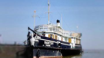 В Ботевите дни: Исторически събития оживяха на палубата на кораба Радецки