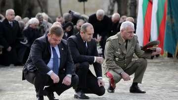 С панихида беше почетена паметта на загиналите герои