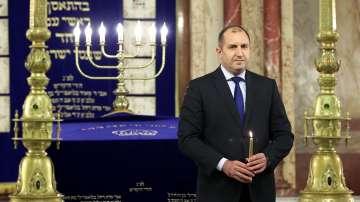 Президентът Радев се включи в празненствата за Ханука