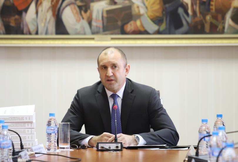 Стартират консултациите при президента Румен Радев за необходимостта от промени
