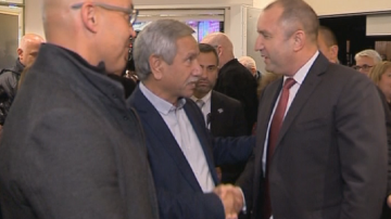 Президентът Радев се срещна с българската общност в Тел Авив