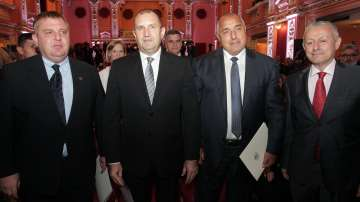 Президентът Радев и премиерът Борисов определиха своите думи на годината