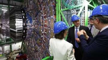Президентът Радев се срещна с български учени от ЦЕРН
