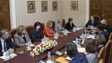 Президентът Радев се срещна с ръководството на ЦИК