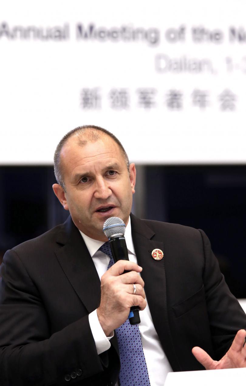 снимка 1 Президентът Радев покани държавните предприятия в Китай да инвестират в България