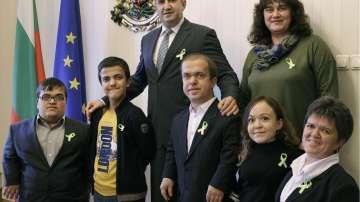Радев: Няма хора с нисък и висок ръст, има български граждани с равни права