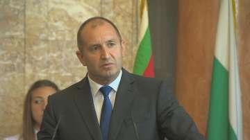 Президентът Радев се включи в откриването на новата учебна година на НГДЕК
