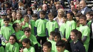 Президентът Румен Радев откри спортен празник в НСА