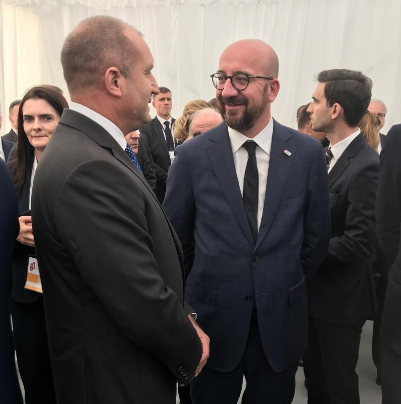 снимка 2 Румен Радев разговаря с Щайнмайер и Шарл Мишел в Полша