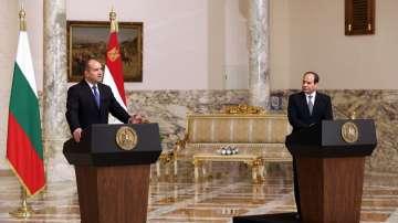 Президентите на България и Египет проведоха официална среща в Кайро