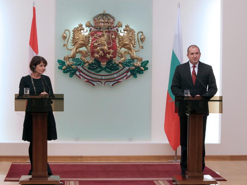 снимка 2 Радев и Лойтхард обсъдиха перспективите на Швейцарско-българската програма