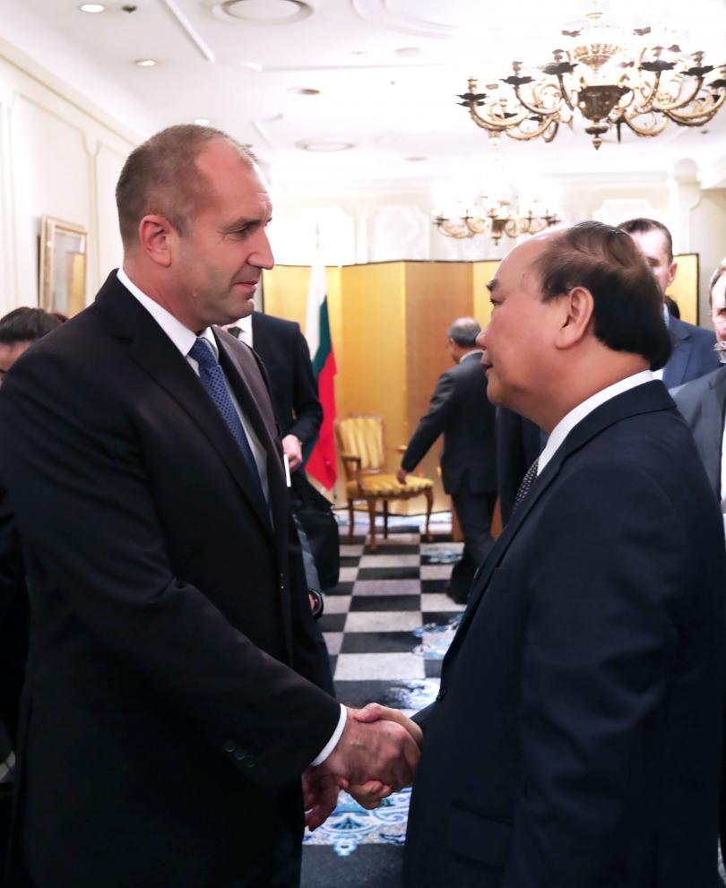 снимка 1 Радев и премиерът на Виетнам обсъдиха двустранното партньорство в Токио