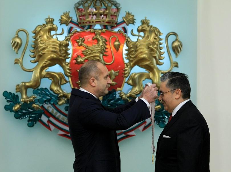 Президентът удостои турския посланик с орден Мадарски конник първа степен