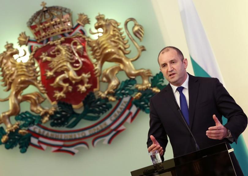 снимка 1 Румен Радев поздрави Владимир Путин по повод преизбирането му за президент