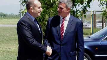 Президентът Радев: България ще настоява ЕС да се ангажира повече с Македония