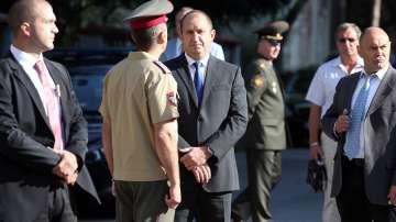 Румен Радев: Докладът за отбраната предлага да лекуваме армията със самовнушение