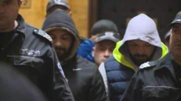 Задържаните за побоя в Раднево остават в ареста