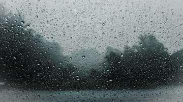 Жълт код за валежи е обявен в 16 области за днес