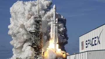 Българи са участвали в създаването на най-мощната ракета Falcon Heavy