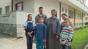 Сестрите от манастира Св. Елисавета в Раковски се готвят за визитата на папата